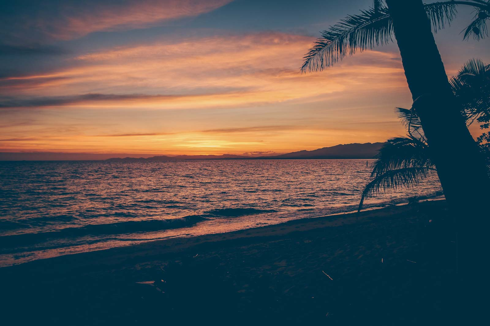ROUND THE WORLD – PART 6 – FIJI and our adventure on a little island