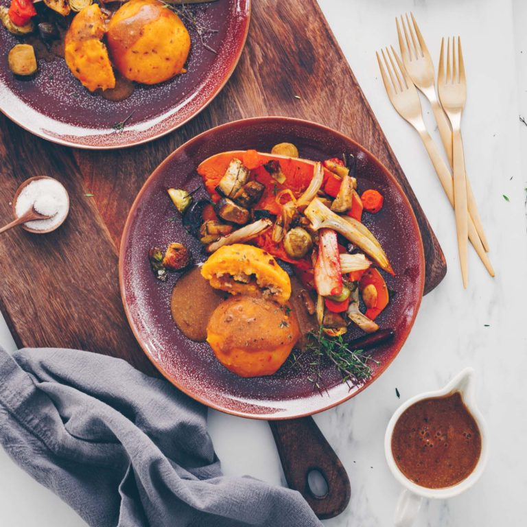 Pumpkin dumplings with oven vegetables